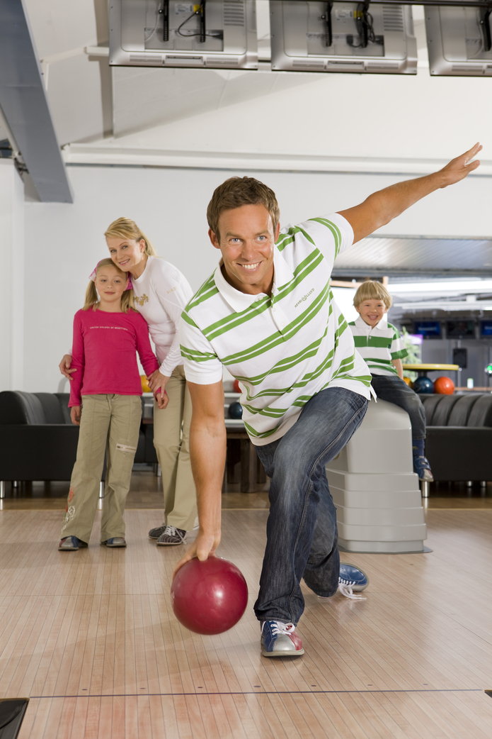 Holiday Club Katinkulta Bowling man